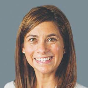 Lauren Meyers headshot